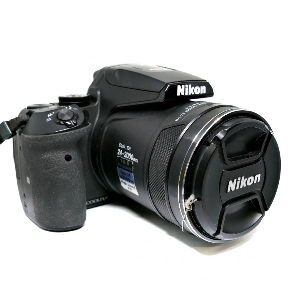 Nikon CoolPix P900 Akku ja Laturi